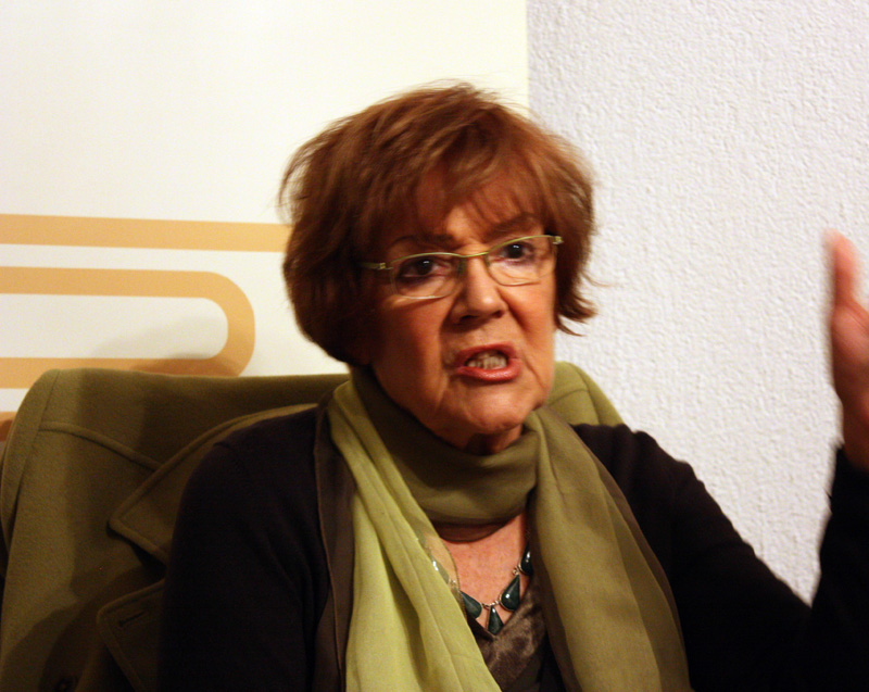 Vesna Pesic, guest of the GSA at the meeting with GSA members