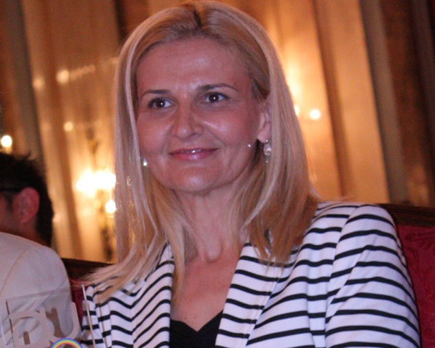 "Tanja Miščević receives the ""Rainbow"" Award for 2013/14"
